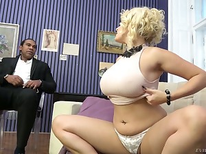 Excessively corrupt prexy white cowgirl Angel Wicky gets pussy stretched by BBC